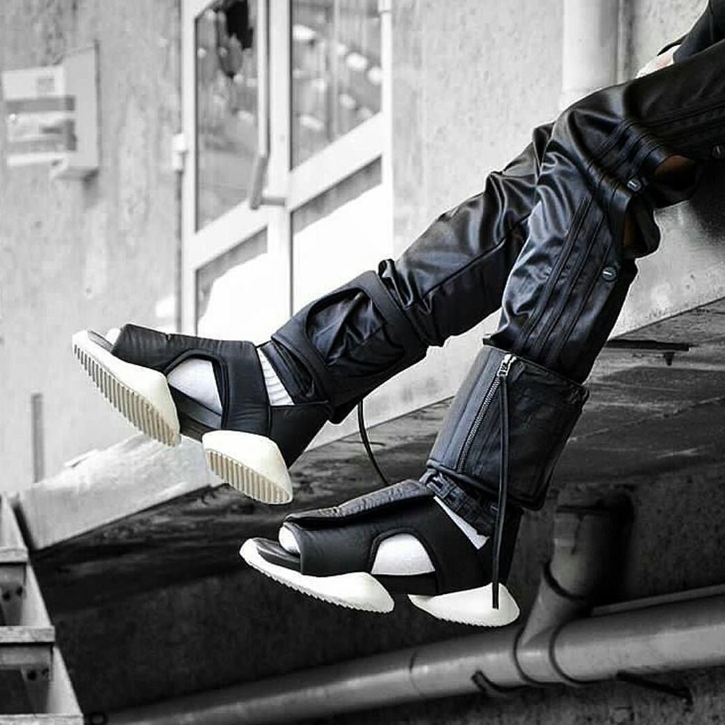 Rick Owens Cargo Sandals At Closet Case Dubai www.closetcase.eu https   e6af019b8