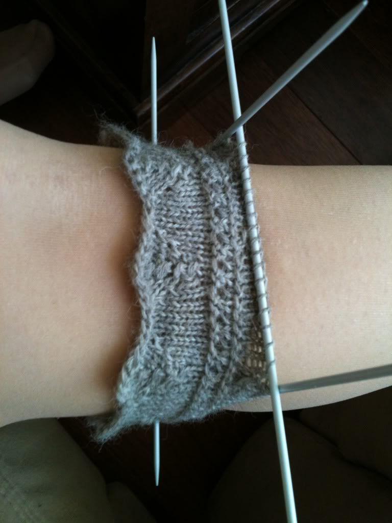 Photo of Ich trage gerne Kniestrümpfe und wollte schon immer welche stricken. Socken …