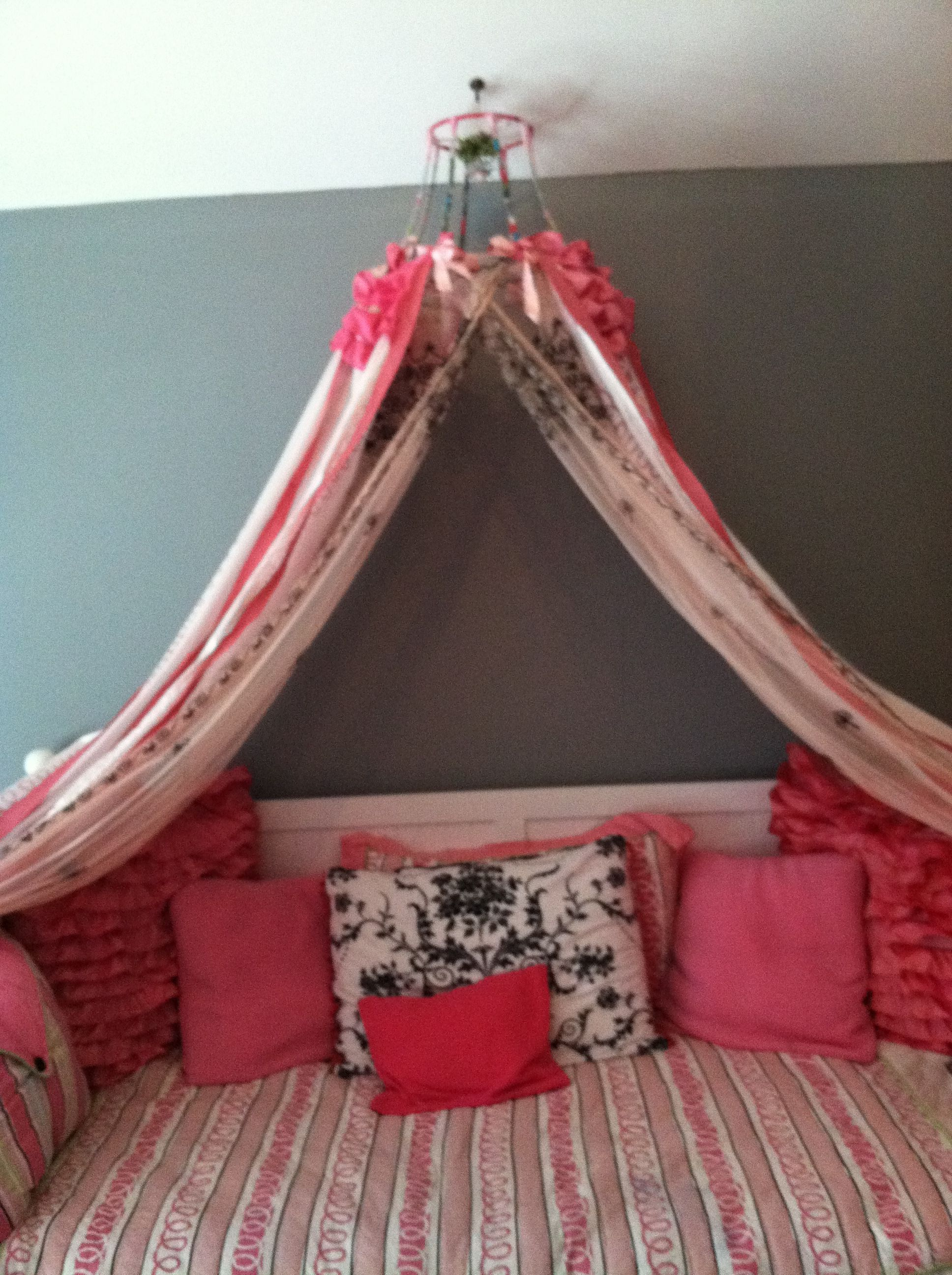 Marleyu0027s whimsical princess Canopy made from an old l& shade and curtains! & Marleyu0027s whimsical princess Canopy made from an old lamp shade and ...