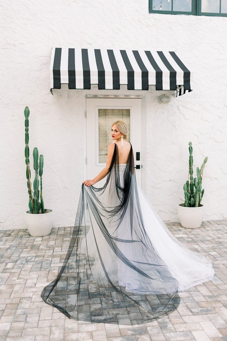 Black Bridal Cape Black Wedding Cape Black Veil Cape Etsy Black Bridal Veil Wedding Cape Black Wedding Veil