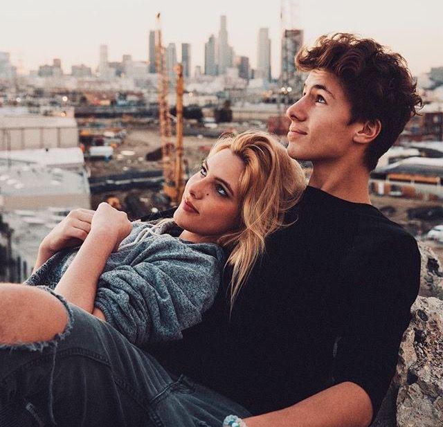 Romantic teen pair