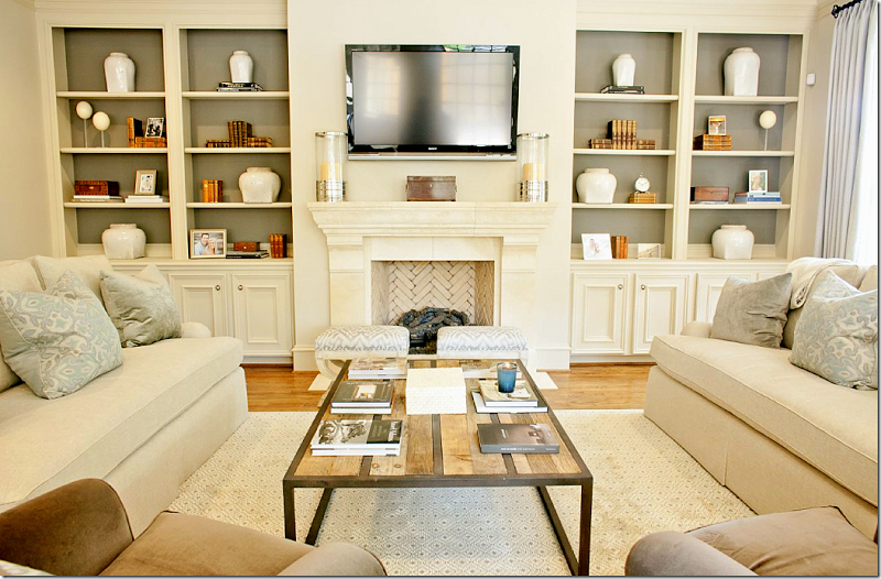 Updated Traditional I Love The Table Traditional Family Rooms Bookshelves Built In Home Decor