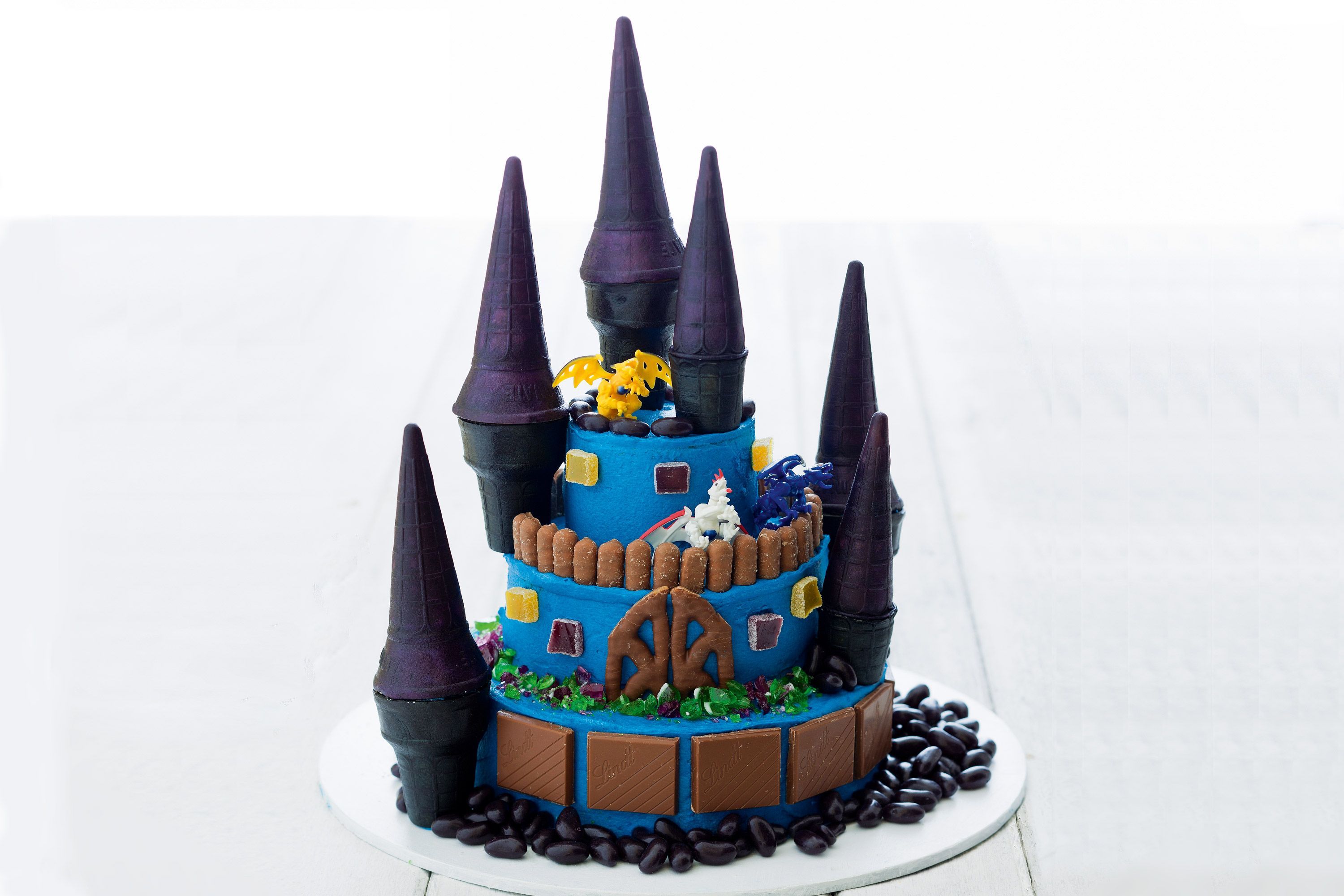 Dragon Castle Cake Recipe Party Guests Cake And Food