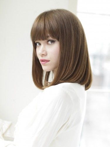 ミルクティーカラーのストレートボブ ミディアム ビューティーboxヘアカタログ ヘアスタイル ロング ストレートボブ 美髪