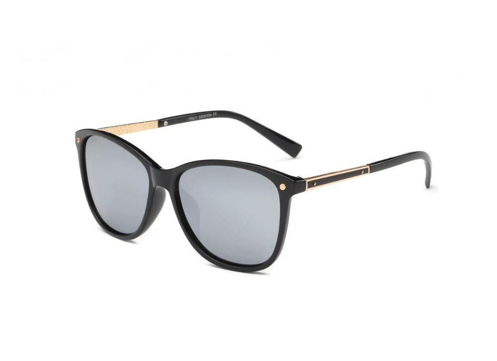 41aa52063959 ULLERES Sunglasses for Men   Women Polarized Lens Vintage Sun Glasses  Trendy Classic 100% UV