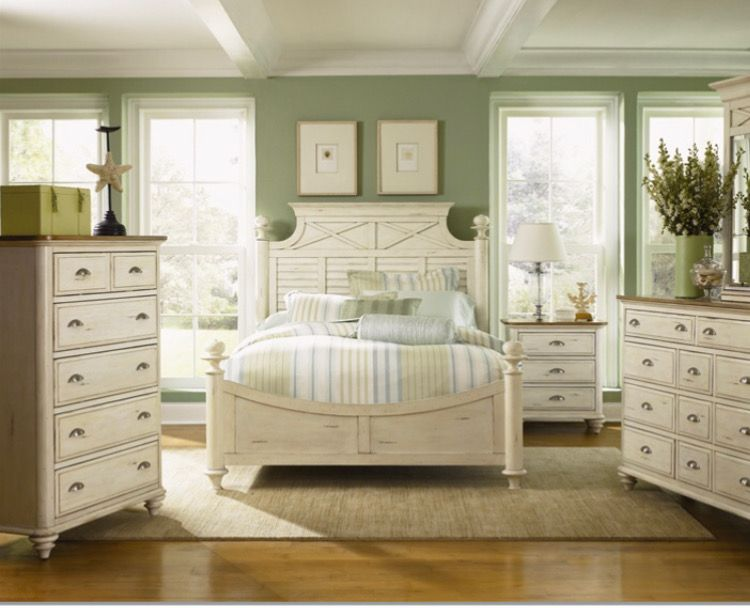 Pin By Mary Baxter On Beautiful Home Cream Bedroom Furniture Bedroom Green Bedroom Colors