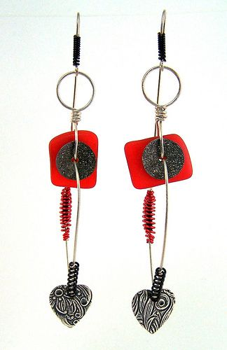 Bead Soup Blog Party 7 - Mod earrings