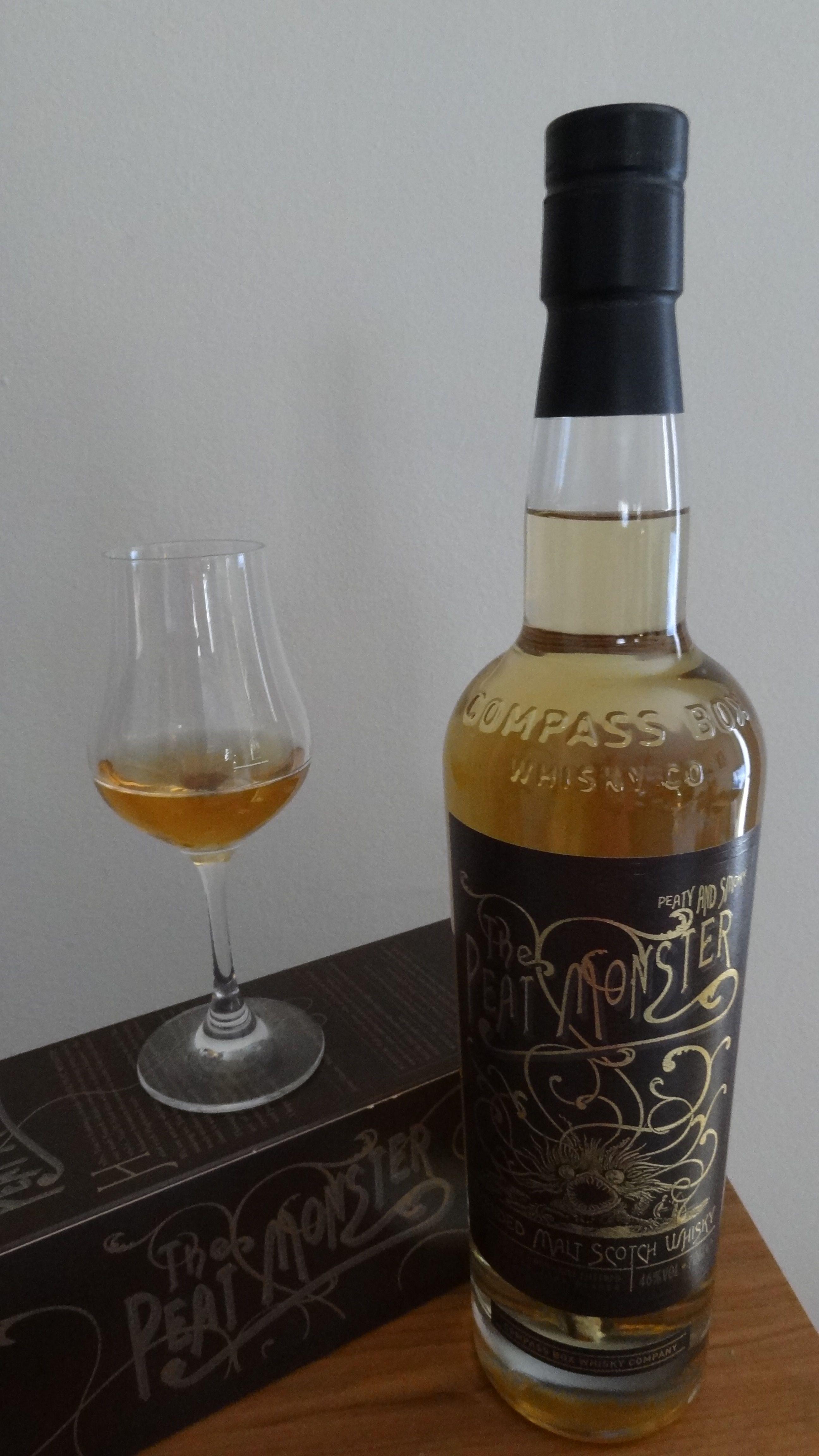 Whisky The Peat Monster - Blended malt 46° 1 - Nez : Phénolique, fumée grasse, marin, fruit... 2 - Bouche : Tourbe grasse, fumée, terreux, médicinal, réglise, fruit, poivre noir et épices... 3 - Finale : Tourbé, fumé, bois brûlé, cendre froide, silex...
