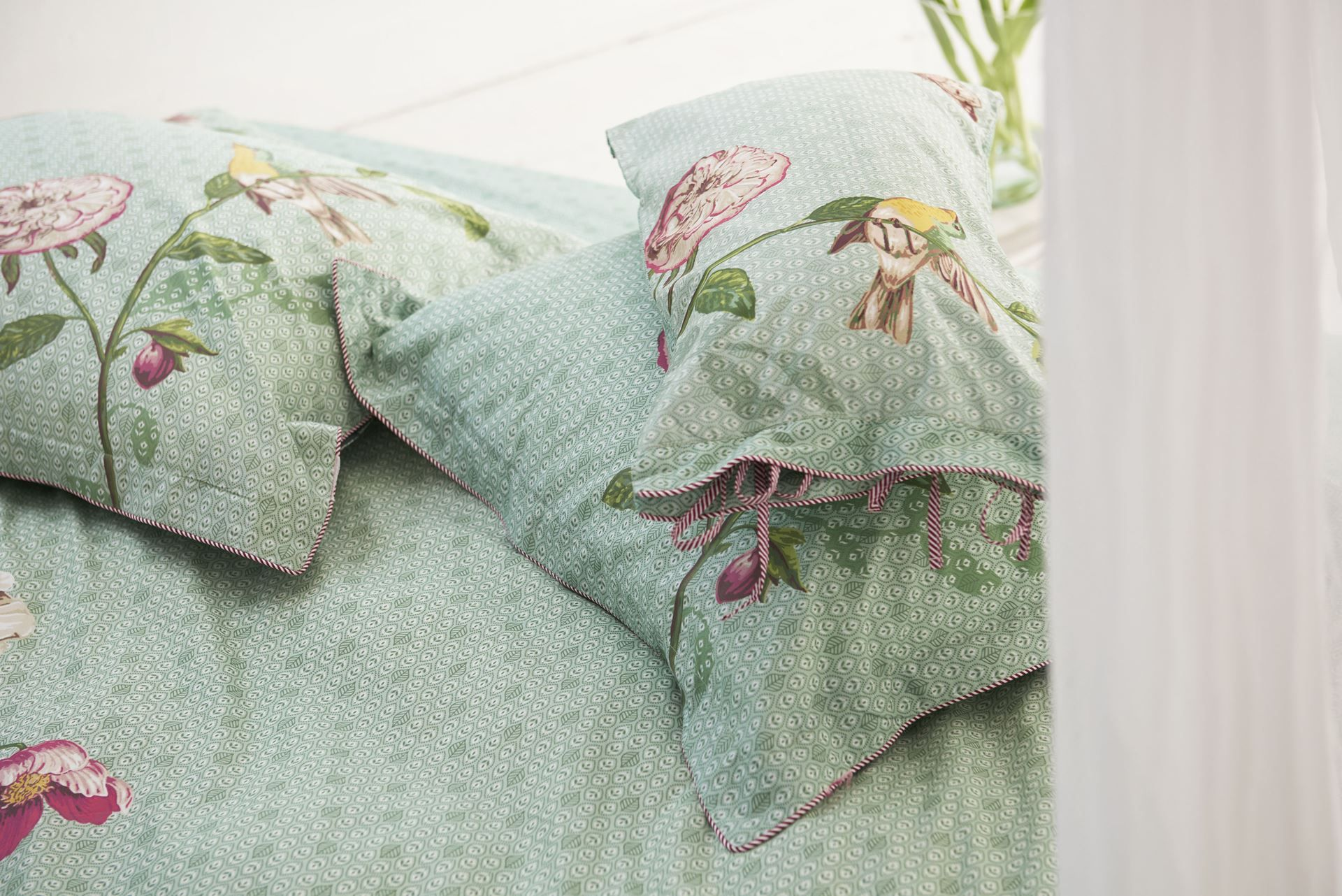 Pip Studio Slaapkamer : Pip studio sierkussen poppy green cm things i like