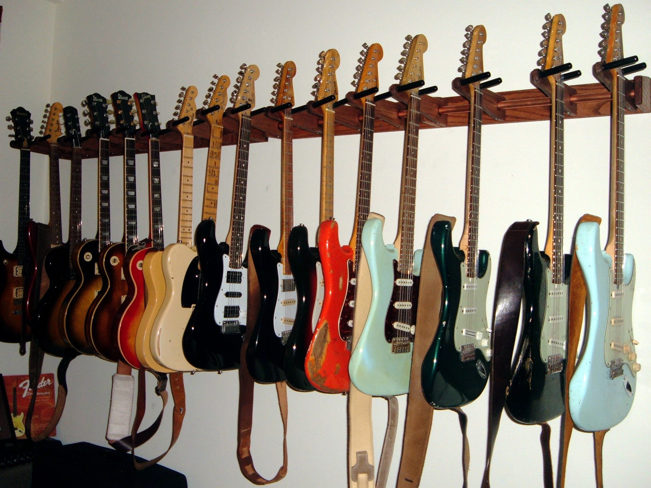 Standard Studio Hanging System Multiple Guitar Mounts