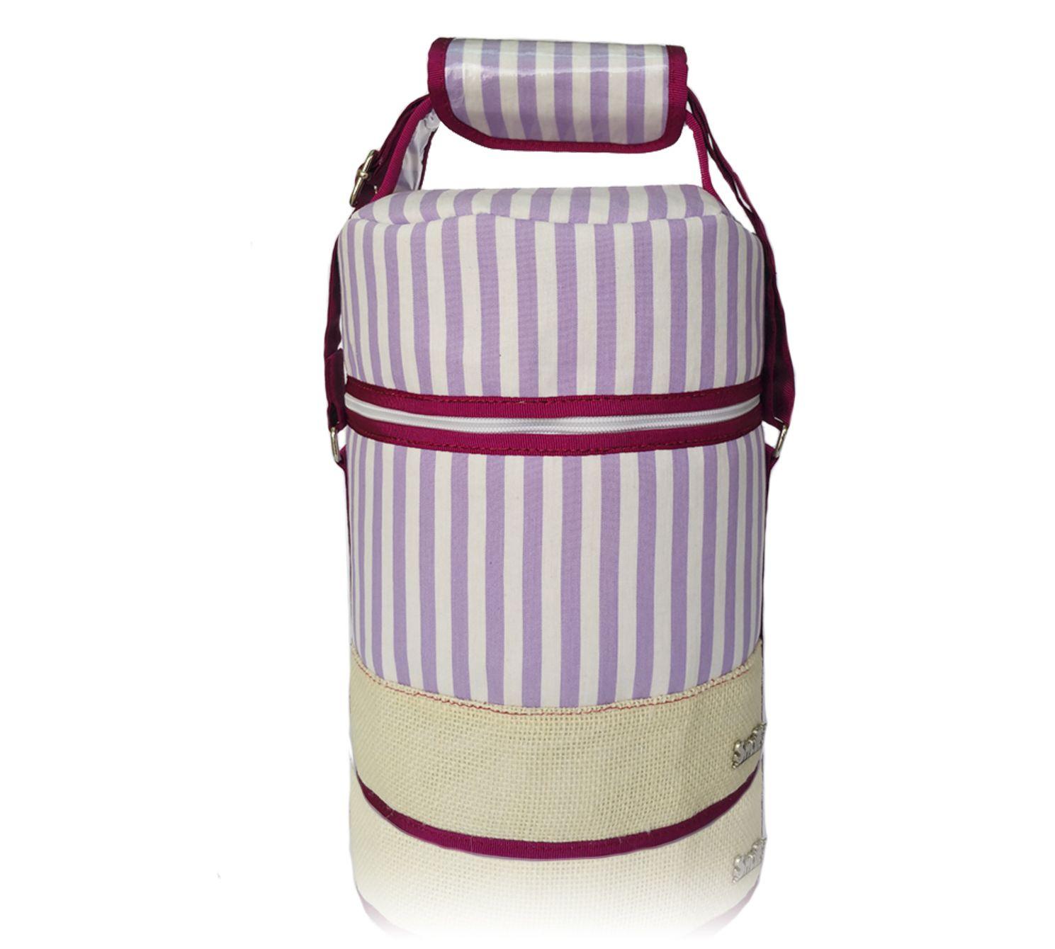 Práctico bolso porta alimentos isotérmico con exterior  de linea malva y blanco combinado con el saco blanco,  con capacidad para 6 L. 4 tuppers circulares o cuadrados, bocadillos, termo inoxidable de hasta 500 ml. sandwich, agua, latas de bebida, etc….