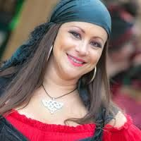 diy ladies pirate costumes - Google Search  sc 1 st  Pinterest & diy ladies pirate costumes - Google Search | Costumes | Pinterest ...