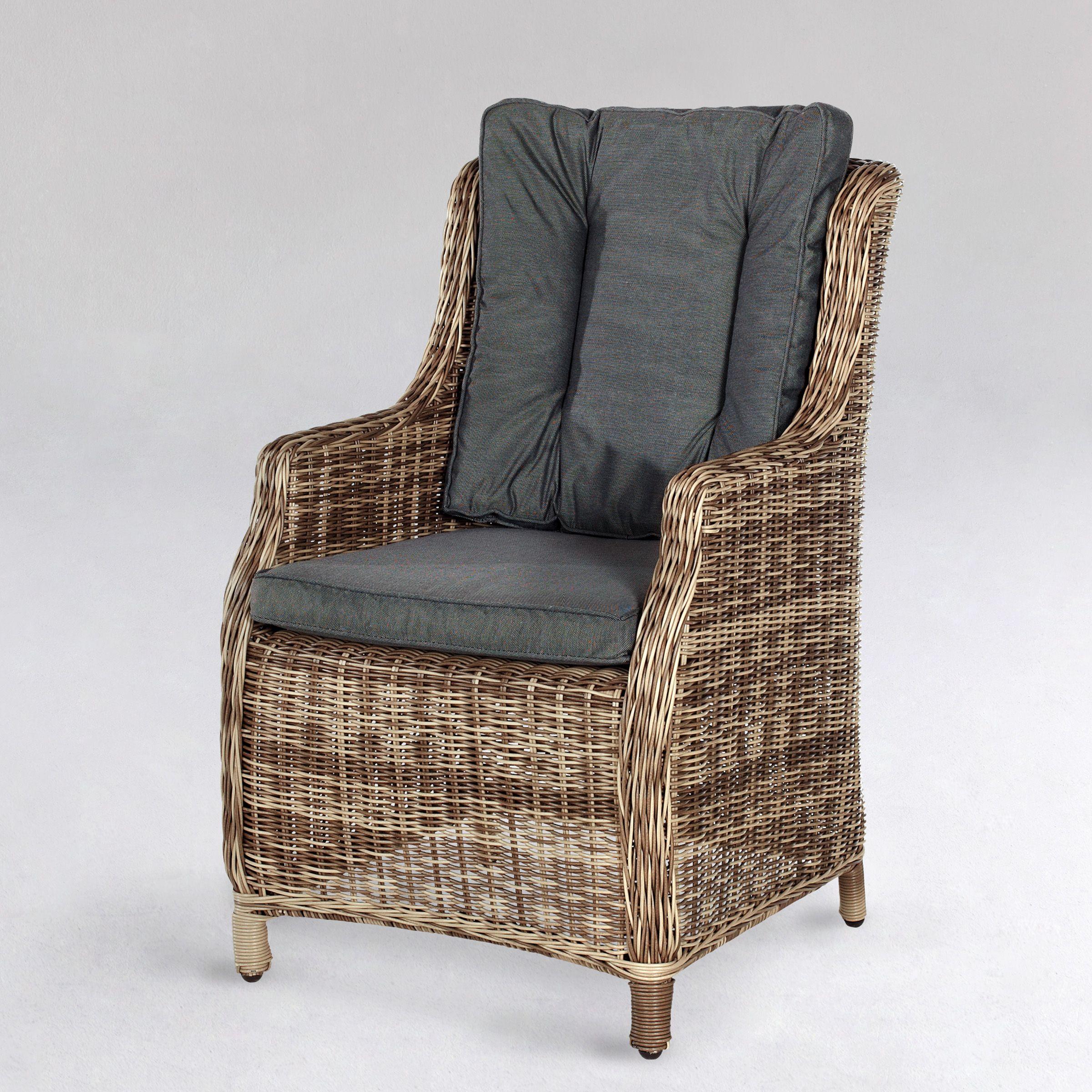 Bei Butlers gesehen: Sessel mit Sitz- und Rückenkissen