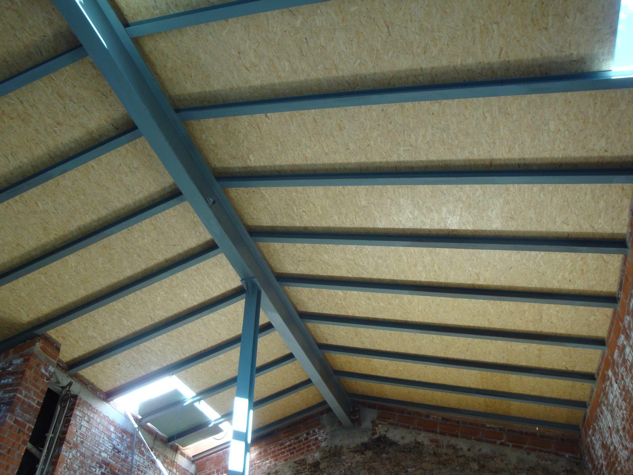 Cubiertas a dos aguas hechas con paneles s ndwich - Cubiertas para techos ...
