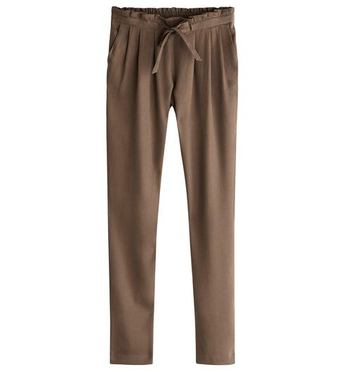 Discover women's chino trousers from the French fashion shop Promod! Peg  trousers, jogging trousers and many more! Find you perfect style at Promod.