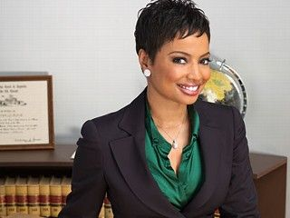 Judge Lynn Toler Love Her She Gives It Straight And Great Advice Professional Haircut Hair Beauty Short Hair Styles