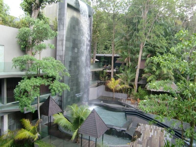 Waterfall At Siloso Beach Resort On Sentosa Island In Singapore It S Nice To Have Such Awesome Pools Near The If You Re Not Up For Ocean Water They