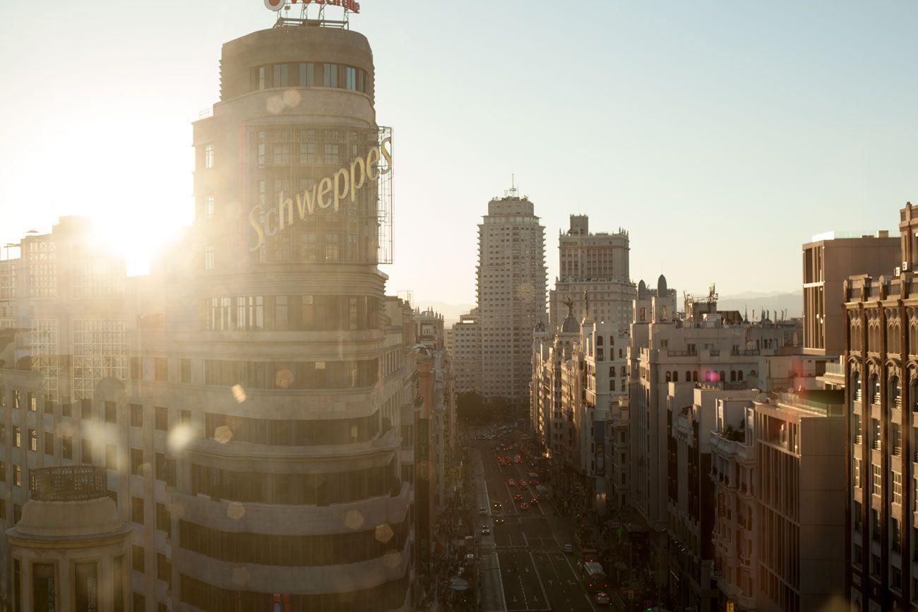 Gran Via Boulevard For Madrilenos The Famous Schweppes