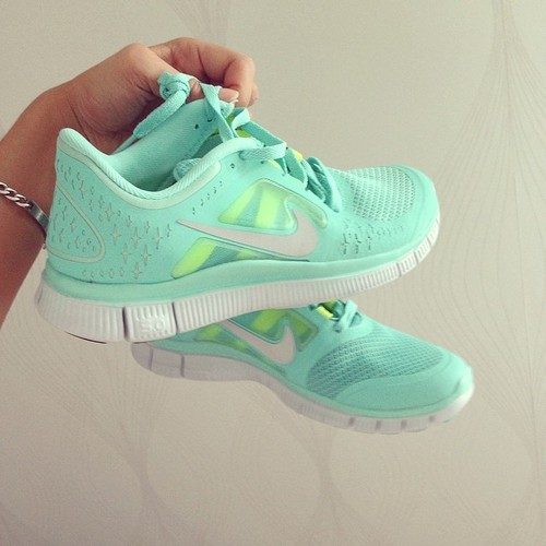 mint Running shoes ^.^