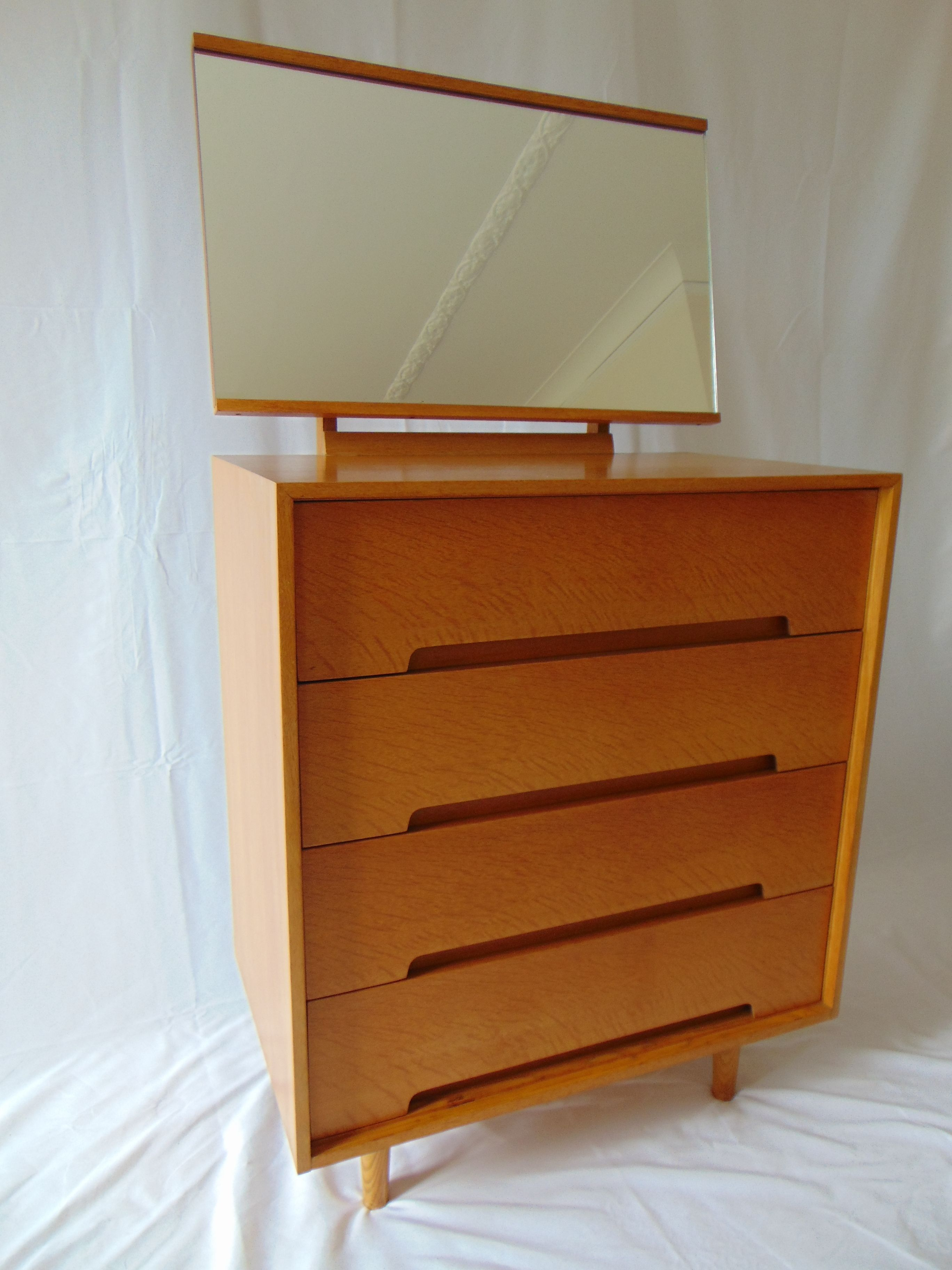 Stag C Range Large Oak Chest Of Drawers