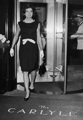 Jackie Kennedy leaving the Carlyle Hotel in NYC