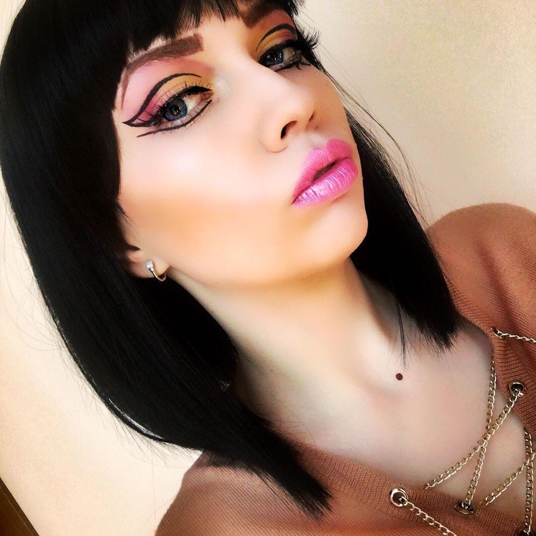 На образ вдохновила katyperry Katy Perry и ее клип «dark