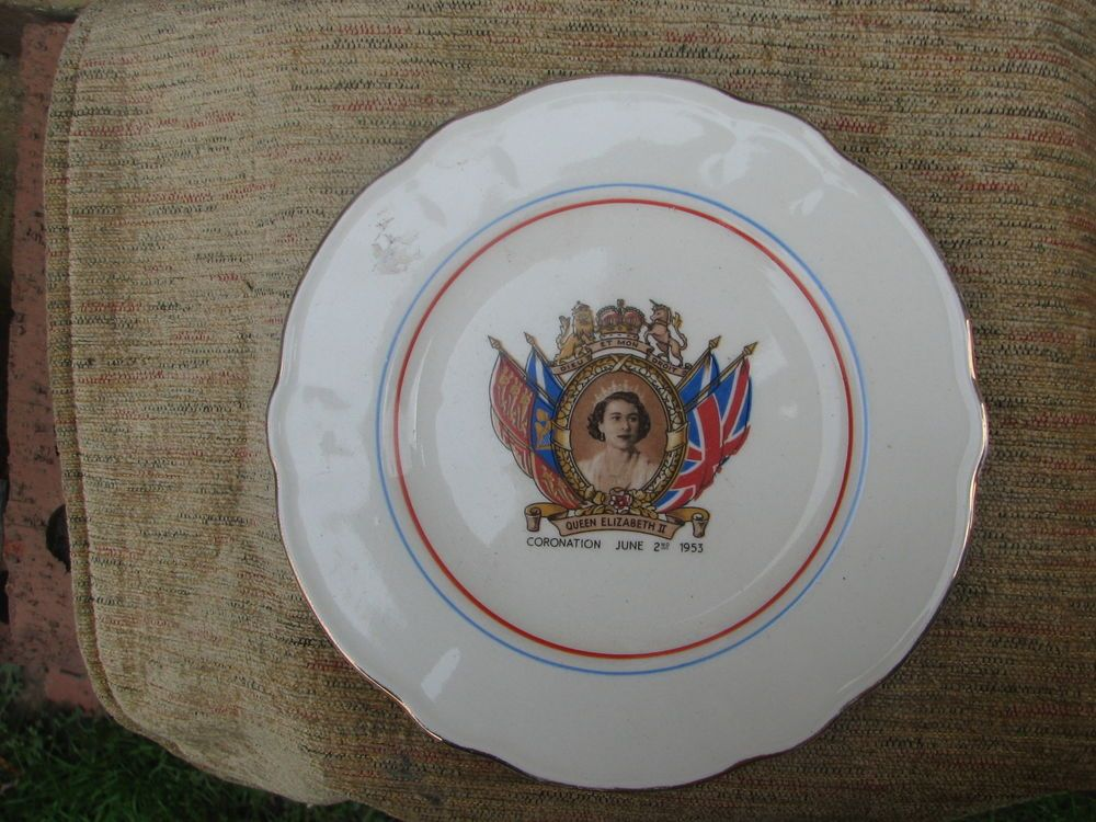 Queen Elizabeth II Coronation Plate 1953 Washington Pottery Ltd Hanley