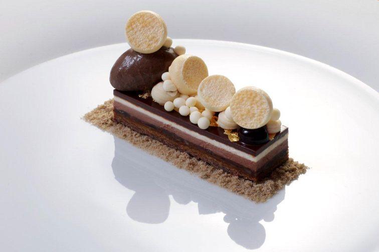 Weight Watchers Chocolate Cake Recipes Uk: Dessert By Christian Hümbs 2 Star Restaurant La Mer A-Rosa