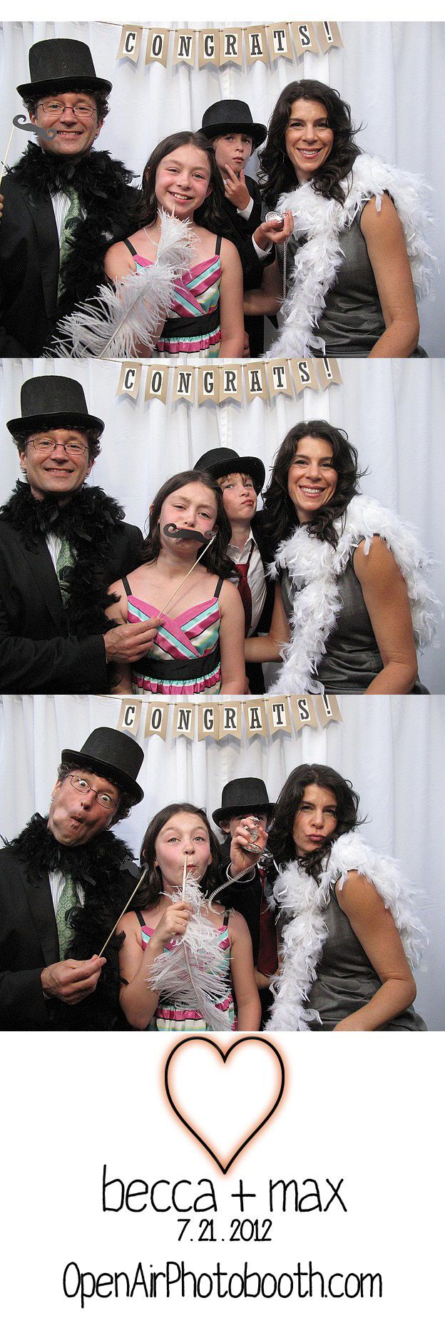 Who doesn't love a good photo booth? Open Air entertainment also offers flip books. So fun to have at weddings and events!