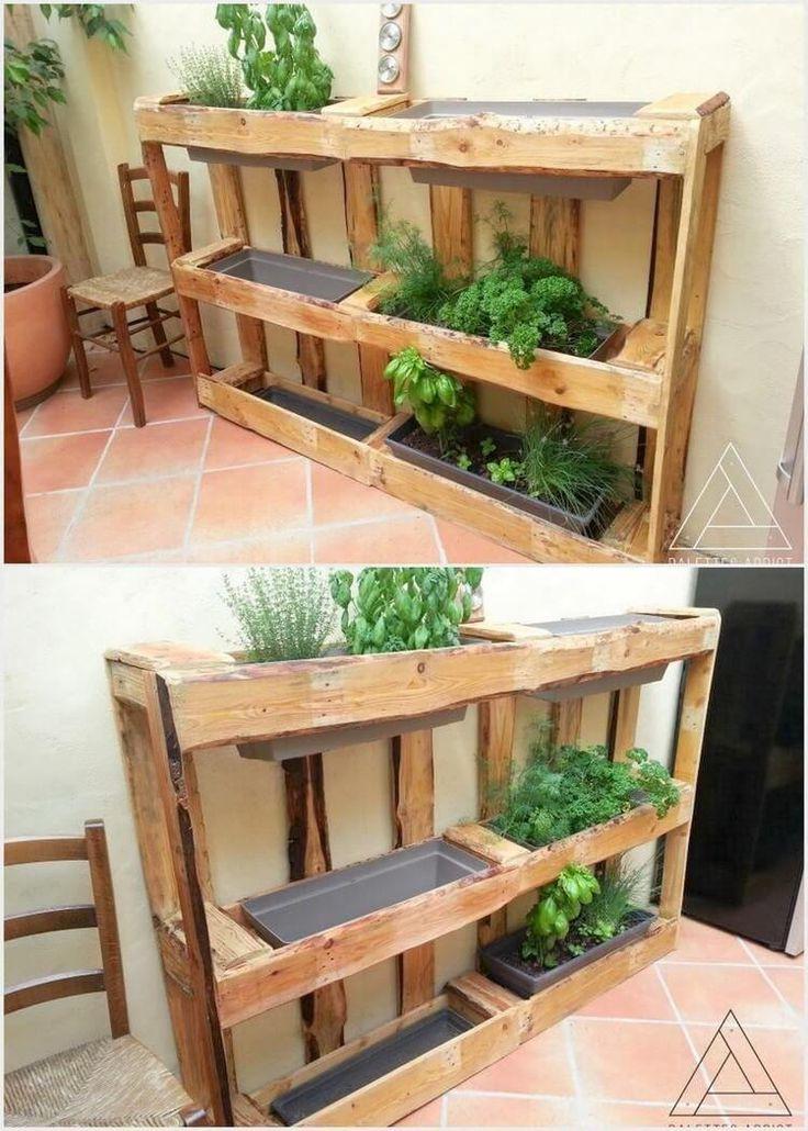 60+ Super DIY Paletten Ideen zum Ausprobieren dies... - #ausprobieren #dies #DIY #Ideen #Paletten #super #woodjardiniere #zum #kräutergartenpalette