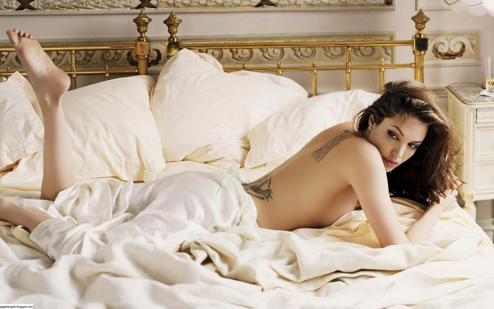 Angelina Jolie Naked Pics pin on purplewallpapers