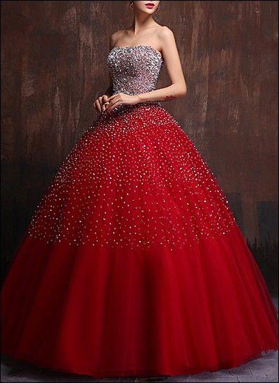 Prinzessin Ballkleid mit Pailletten und Strasssteinen | Dresses ...