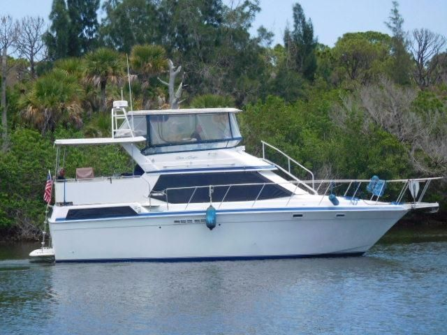 c75096d2eb1c1fc04934c3471f0ebceb 1990 chris craft 372 catalina double cabin power boat for sale  at n-0.co