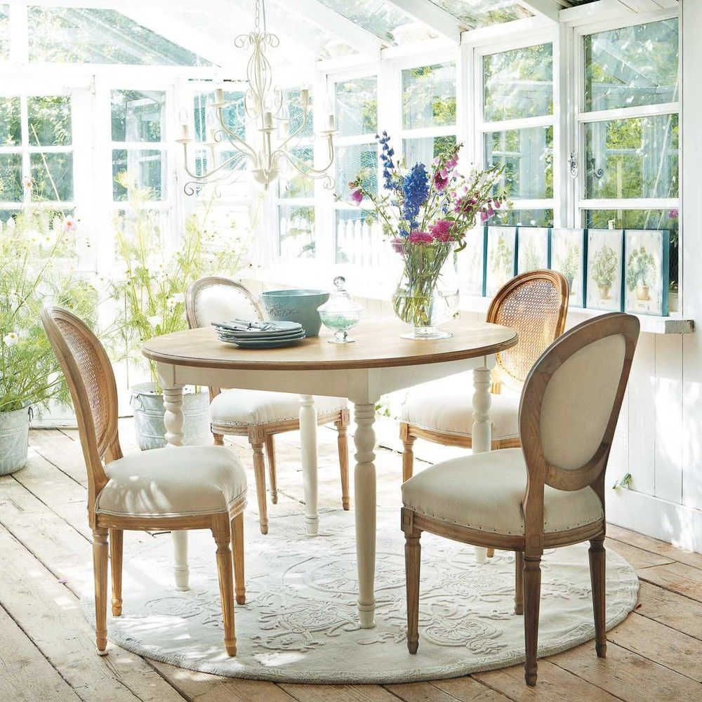 50 Cool And Creative Shabby Chic Dining Rooms: Round Wooden Dining Table, White Round