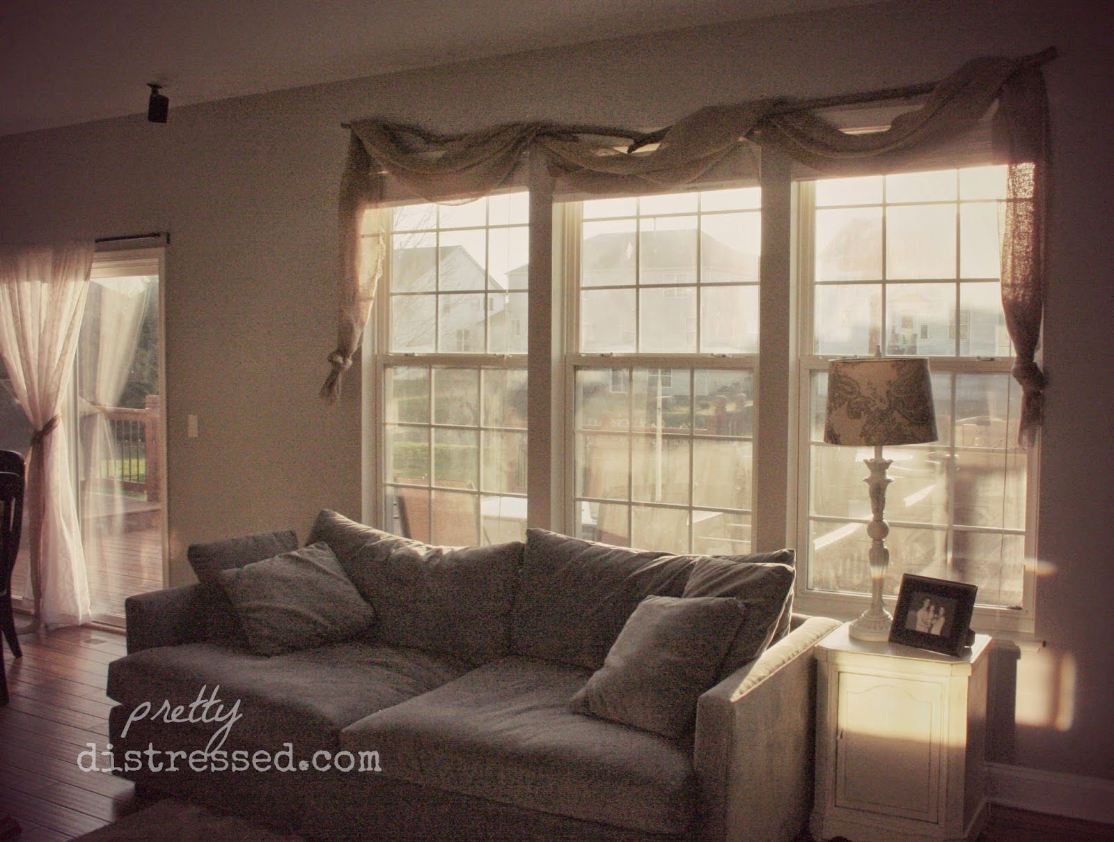 Easy, no-sew burlap window valences. Love the idea of a branch as ...