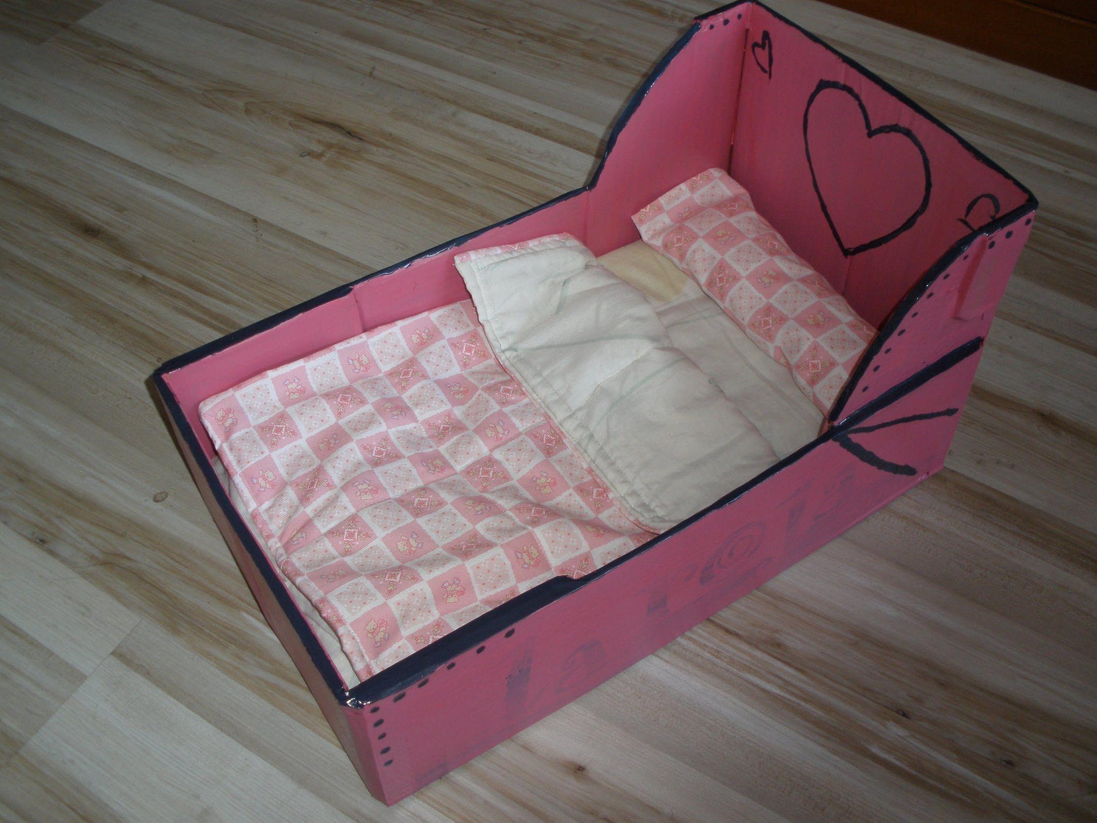 Sencilla Cama para muñecos con caja de fruta!! tutorial ...