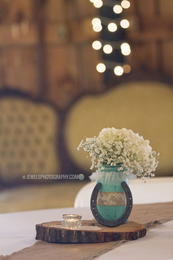 30 Styling Horseshoe Ideas For A Rustic Farm Wedding Maybe One Day