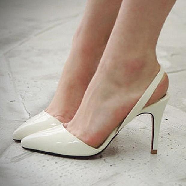 nueva colección más fotos Precio pagable Sexy punto tacones zapatos de la mujer negro Color Beige ...