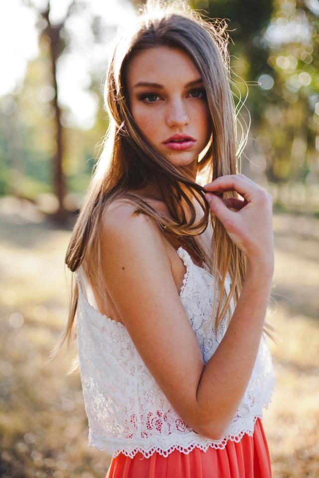 Olivia Brower No Ties Management Mua Amber Silva Personal Pro Makeup Artist Wardrobe Nicole