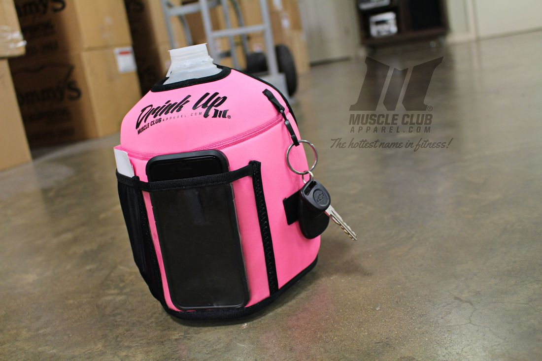 Gallon Koozie *** THIS KOOZIE FITS A STANDARD SIZE GALLON JUG***Please do not use it with an oversized or non-standard size jug. We aretremendously excited to announce our partnershipwith the in… Awesome invention I definitely need one of these!