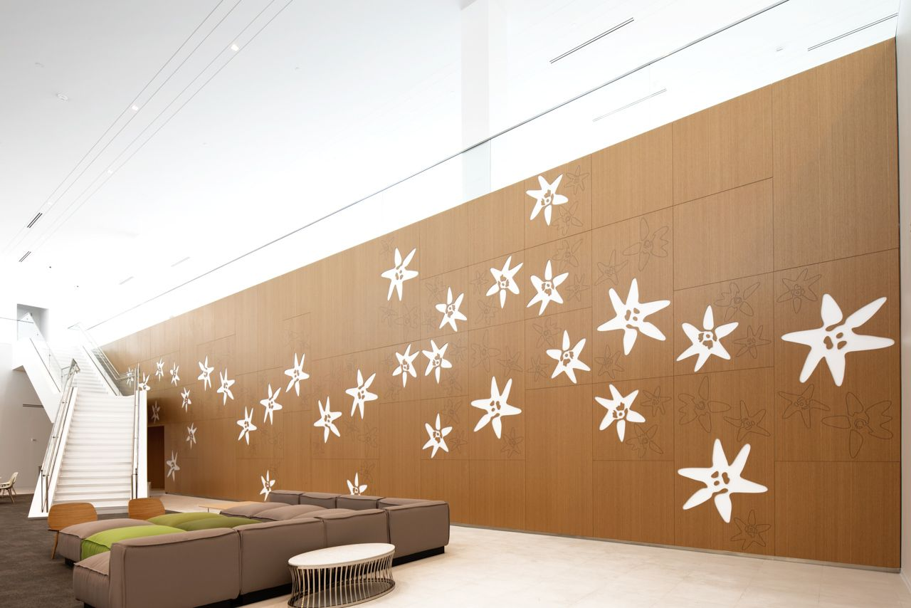 American Express Lobby Feature Wall | Built By Eventscape