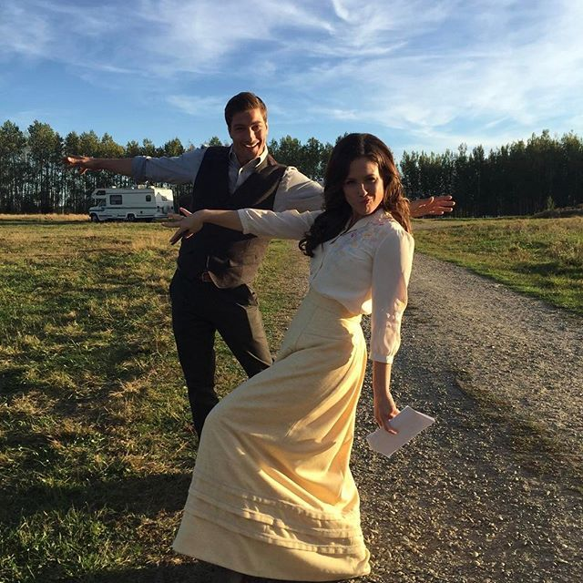 Behind the scenes with our stars, Daniel Lissing and Erin Krakow - striking a pose for our #hearties!