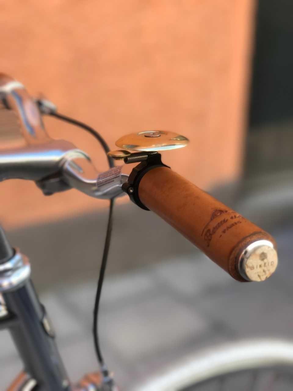 ringklocka cykel retro