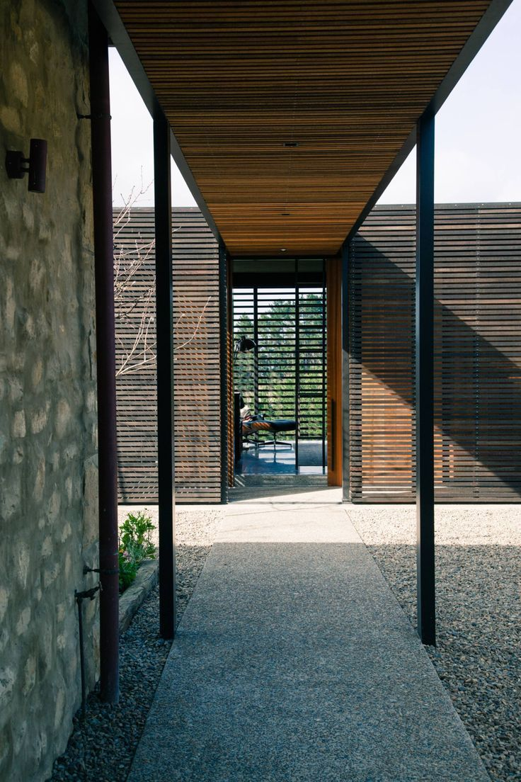 Example Of Covered Walkway Between Front Entrance And Front Door We Like The Slatted Timber Lining And The Lights Architecture Architecture Design Architect