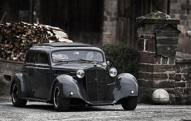 1952 Mercedes 170 4 door