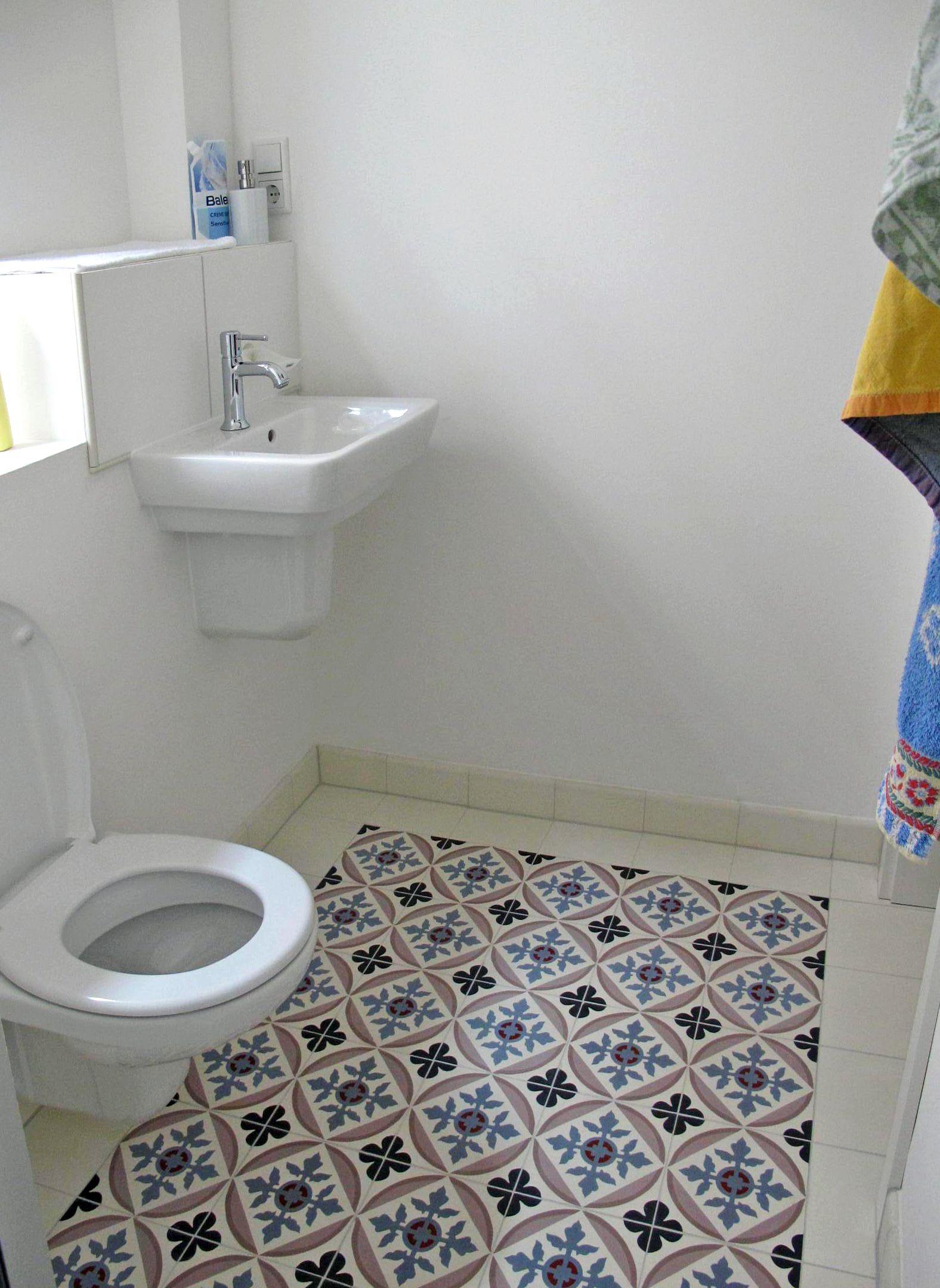 Badezimmer mit Zementfliesen Suelos
