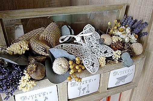 Dekorace - Levandule v kouzelné truhličce