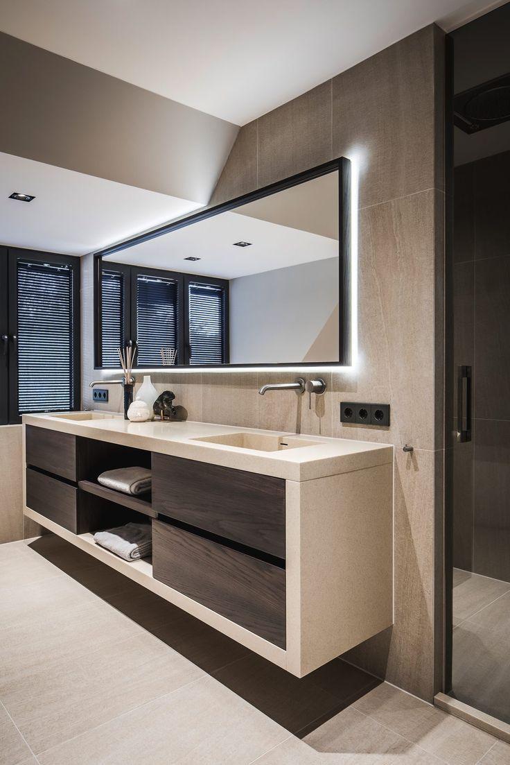 Nobel Flooring Houten Vloer Groot Model Visgraat Hoog Exclusieve Woon E Salle De Bain Design Idee Salle De Bain Interieur Salle De Bain