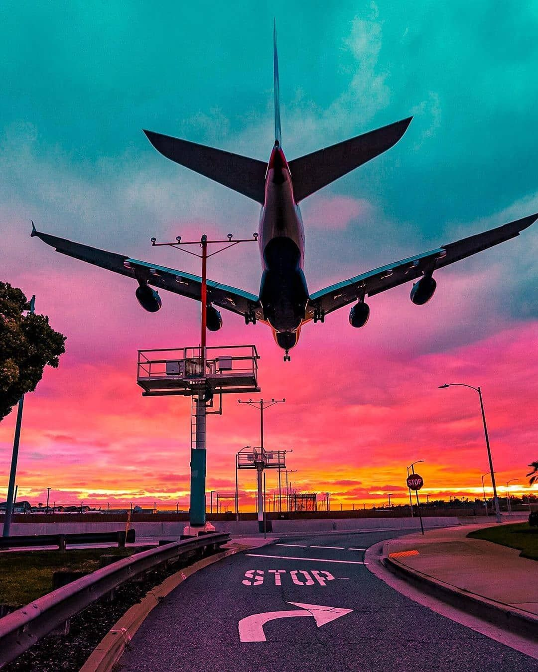Travel Landscape Nature On Instagram Follow Us Cool Universe Los Angeles Tag Someone That Aesthetic Backgrounds Sky Aesthetic Airplane Wallpaper