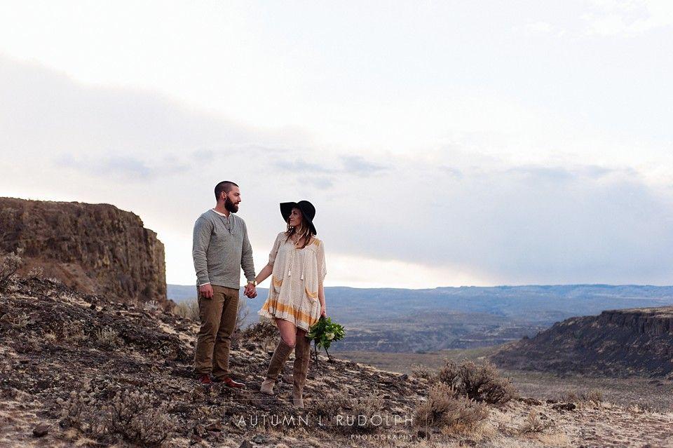 Washington Desert Engagement Tacoma Wedding Photographer